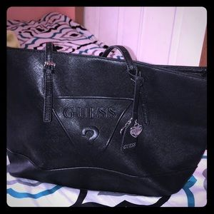 Original Guess Tote in Excellent Conditions